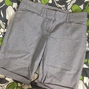 The limited 10 gray dress shorts Bermuda